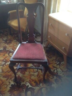 Lovely Queen Anne Chair Antique Classic