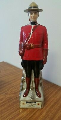 Vintage CANADIAN MIST WHISKEY Ceramic MOUNTY DECANTER