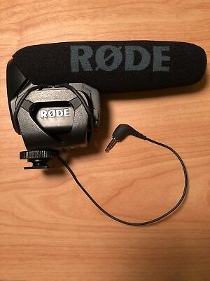 Rode VideoMic Pro Condenser Wired Professional Microphone - Solid Performance!