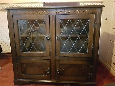 Old Charm/ Jaycee/ Period Style Carved Oak Bookcase/ Display Cabinet