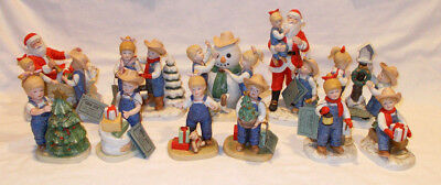 Lot Of 8 Denim Days By Homco Christmas Santa Sleds A Child Is Born W/ Foam Boxes