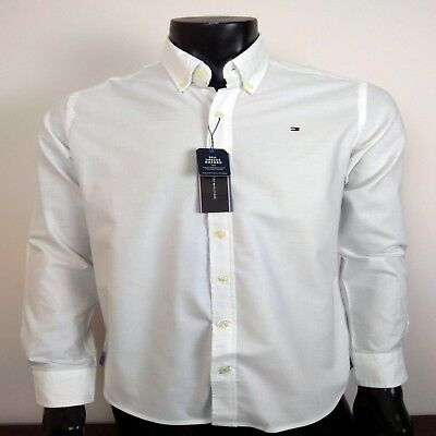 Tommy Hilfiger Men's New York Fit Long Sleeve Large White Shirt.