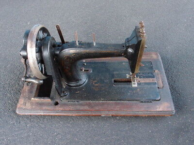 Vintage 1920s Antique Hand Crank Sewing Machine in Box Gold Cast Iron Singer