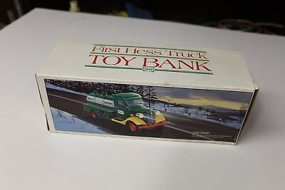 NM 1985 FIRST HESS TRUCK BANK SUPER CLEAN IN BOX Works Good SEE MY PICTURES