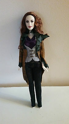 Twilight doll Victoria.