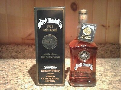 Jack Daniel 1981 Gold Medal Bottle