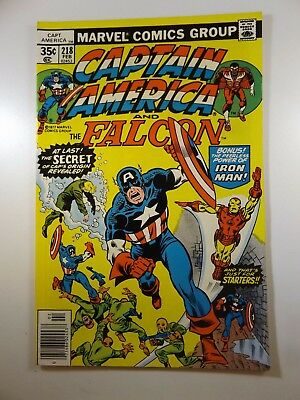 """Captain America #218 """"One Day In Newfoundland!"""" VF-NM Condition!!"""