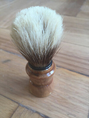 Vintage Badger Shaving Brush With A Wooden Handle In Good Dapper Condition