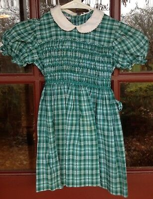 Vintage POLLY FLANDERS Hand Smocked Girls Dress Green Plaid Peter Pan Collar EVC