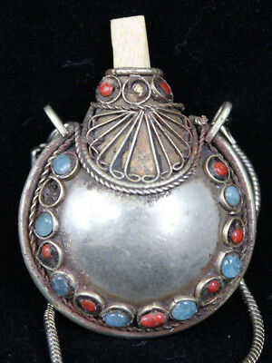 """Chinese Vintage Snuff Bottle Container 1920-30s with newer 9""""+ Necklace Chain"""