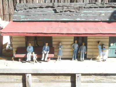 G Scale People, Cars & Buildings