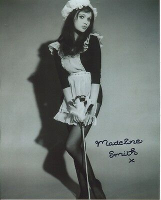 Madeline Smith Photo Signed In Person - Up The Front - B29