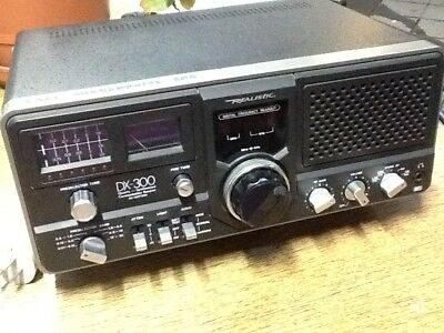 Realistic DX - 300 Communications receiver