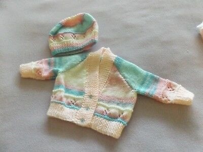 hand knitted babies cardigan and hat approx 0-3 months