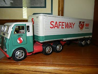 safeway supermarket collectibles vintage toy truck and trailer from the 60's