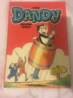 The Dandy Book Annuak Vintage 1982