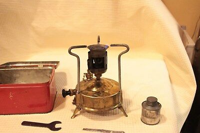 Vintage Parafin Brass Stove In Tin R.m Mfg Engineering Or Primus?