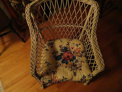Antique Vintage - White Wicker Chair -  33 Inches Tall - Vg Condtion