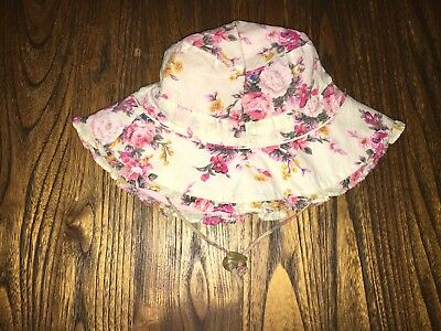 Toshi Girls Hat Size M In Excellent Condition
