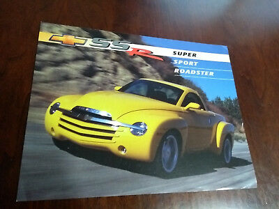 2002 2003 CHEVROLET SSR FACTORY DEALER BROCHURE Pull out Poster Print Ad Page