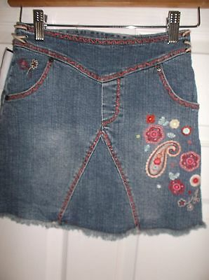Girls Skirt, by Guess Jeans, Sz 7, Embroidered Designs,