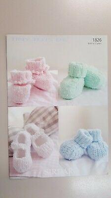 Sirdar Knitting Pattern #1826 Baby Bootees to Knit in Tiny Tots Yarn