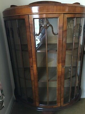 Antique Glass Bow Fronted Display Cabinet in very good condition