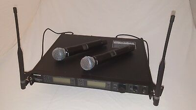 Shure UR4D + 2x UR2 Microphones with Beta58A capsules in set, like new.