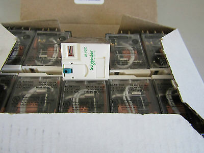 Box of 10 x Schneider 24v RXM4AB1BD 4PDT Socket Mount Non-Latching Relay 8497613
