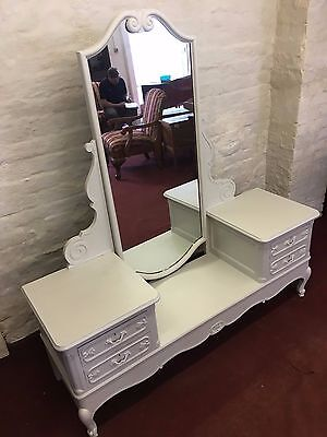 """Fantastic French Carved Oak Dressing Table Hand Painted In """"farrow & Ball"""" Cornf"""
