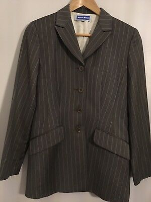 Austin Reed Ladies 2 Piece Suit Size 8 / 32 Pinstripe Lined