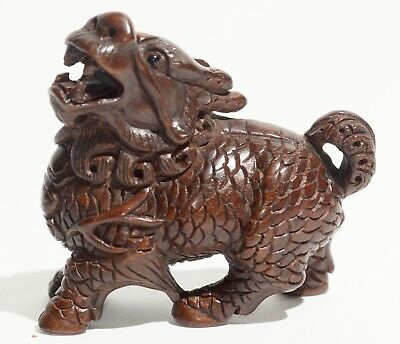 Japanese Wood Foo Dog Netsuke Signed