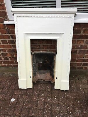Cast Iron Fireplace Fire Surround/Traditional / Bedroom/ Living Room / Cottage