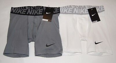New With Tag Lot of 2 Boys Nike Base layer Training Compression  Shorts  Size M
