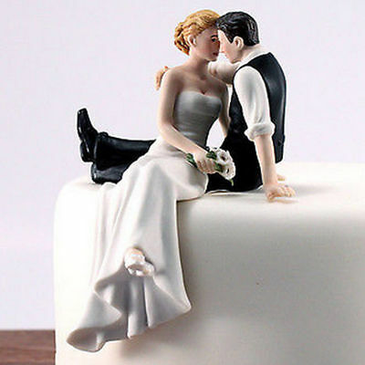 Bride and Groom Couple Wedding Cake Topper Favors Resin Figurine Decoration SN