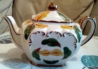 Sadler Rare cubed teapot Mint and collectable