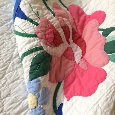 ANTIQUE? vtg quilt pink rose appliqué hand quilted embroidered scallop 86x75""