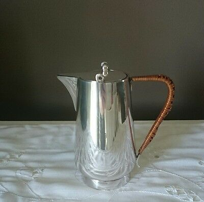 Barker Bros Art Deco Ratten Handle Silver Plated Hot Water Teapot 3/4 Pint