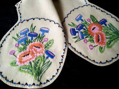 Stunning Stylised Flowers ~ Vintage Crewel Hand embroidered Runner/Scarf