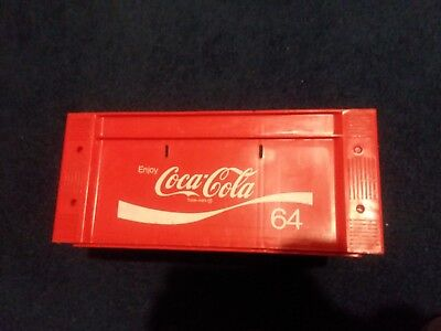 Coca-Cola Crate Carrier Caddy Soda 64oz Plastic Stackable Vintage 1975