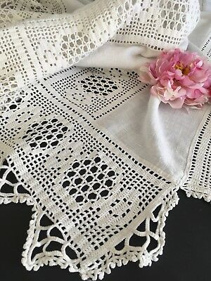 White Antique Linen And Crocheted Lace Coverlet Or Bedspread