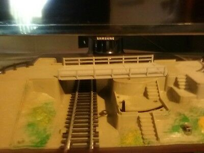 HO/OO scale model train swing bridge road crossing.