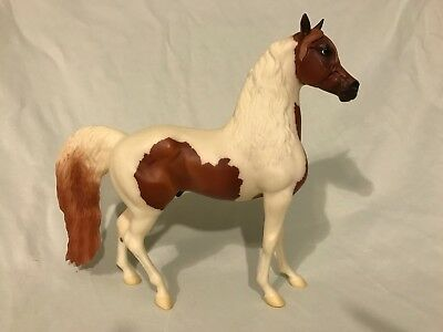 Breyer Traditional Model Horse: Chili (Kennebec Count Mold)