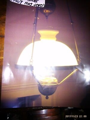 Victorian pendant rise and fall oil lamp