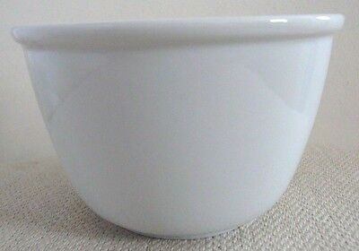 Crate & Barrel White Maison Bowl Deep Ice Cream/ Soup/ Cereal/ Fruit Bowl New