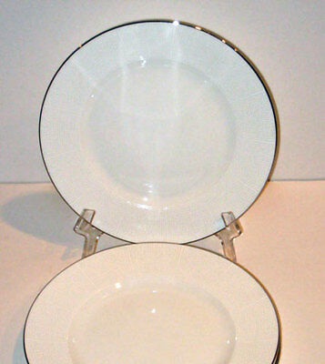 Vera Wang by Wedgwood IVORY TRELLIS SALAD Plate  -new- made in England