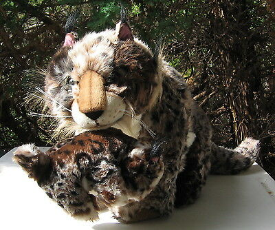 Large Plush Lynx With Baby Beautiful Well Done