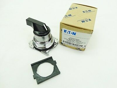 NIB Eaton 10250T3033 Lever Selector Switch 30MM 3 POS Non-Illuminated