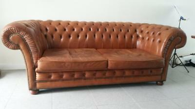 Ancien Canape Chesterfield