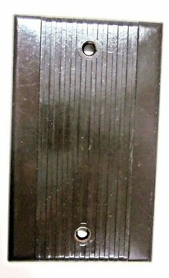 1 Vintage Deco Leviton Ribbed Lines Brown Bakelite Blank Plate Splice Box Cover